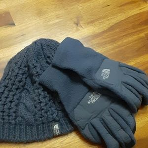 The Northface Hat & Gloves